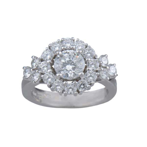 roberto coin cento 1065w cluster engagement ring